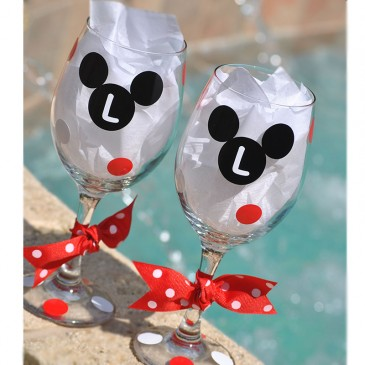 Wine Glass *Mickey Mouse*