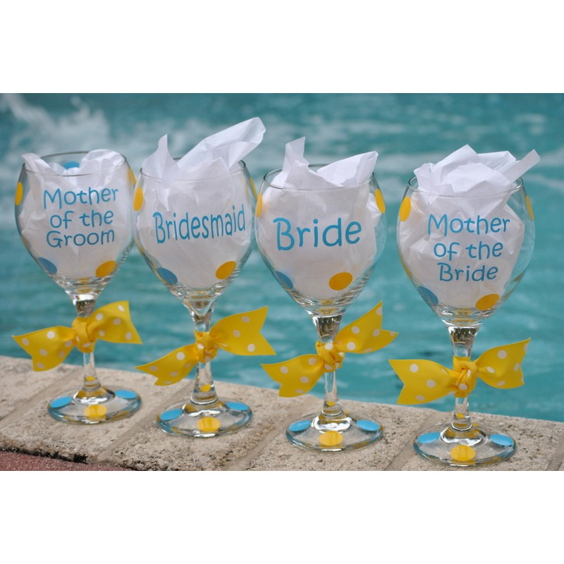 Bridal Party Wine Glasses Fun Font